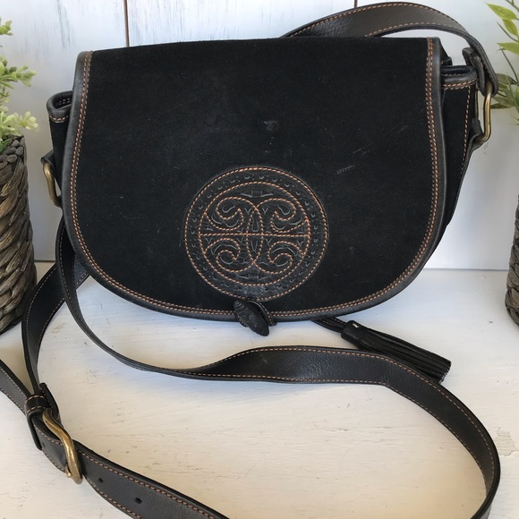 Vintage Handbags - Vintage boho black leather saddle purse w/ tassel